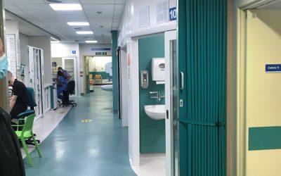 Folding Wall Partition – Royal Oldham Hospital